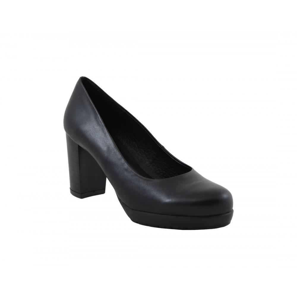 b1289613 Zapato de salón puntera cerrada piel negro - Benavente - Calzados ...
