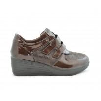 Zapato cómodo cuña media velcros marrón