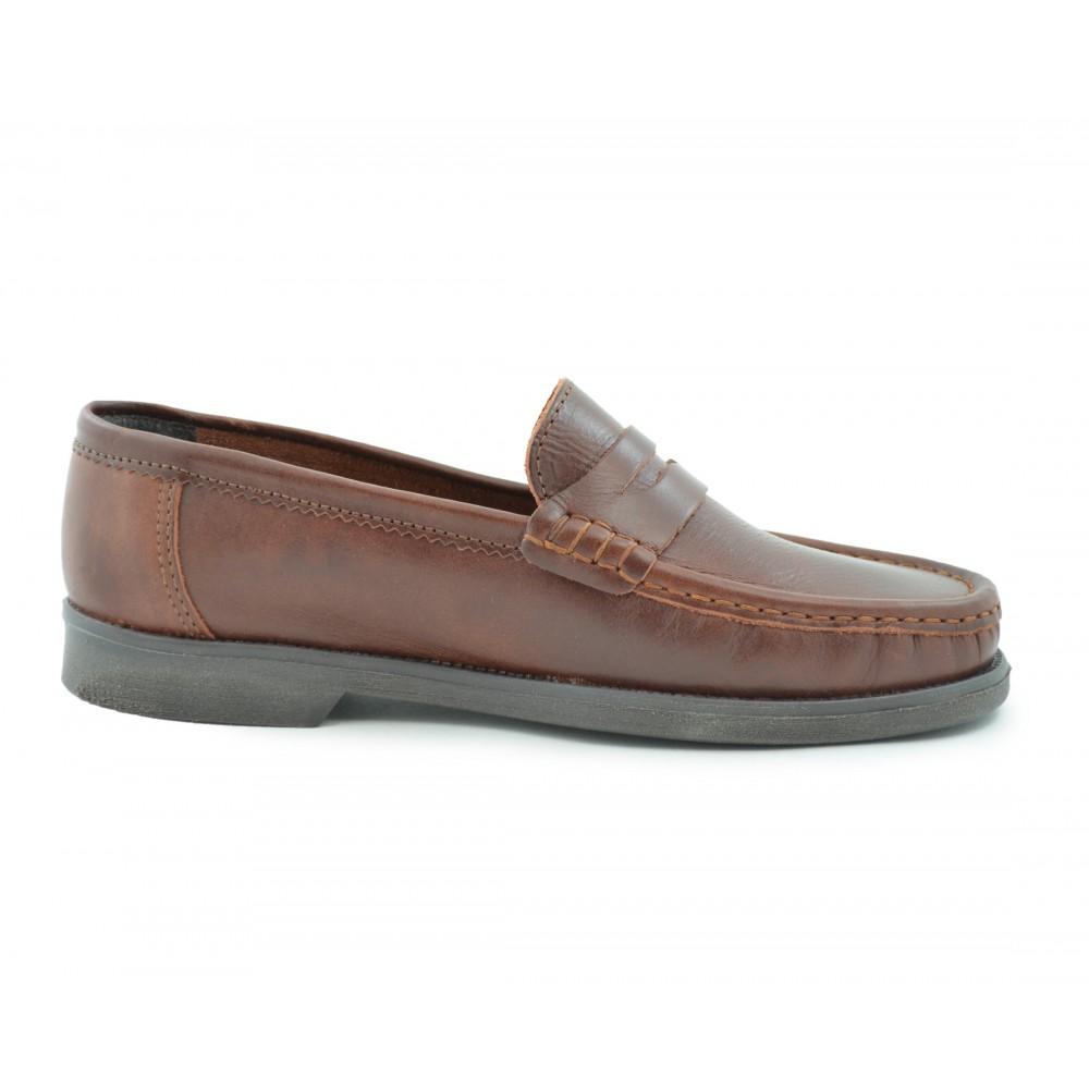 a11e87a3 Zapato cómodo piel antifaz piso goma camel - Calzados Benavente Online