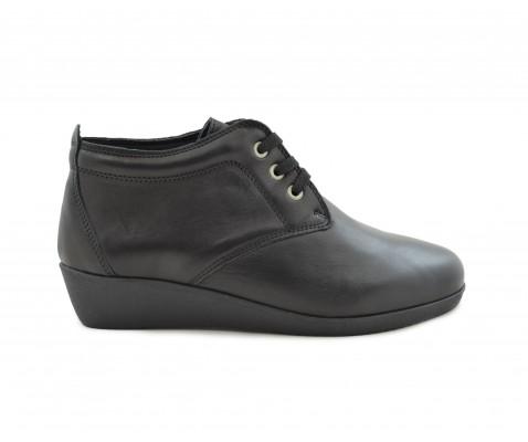Zapato cómodo piel cordones negro