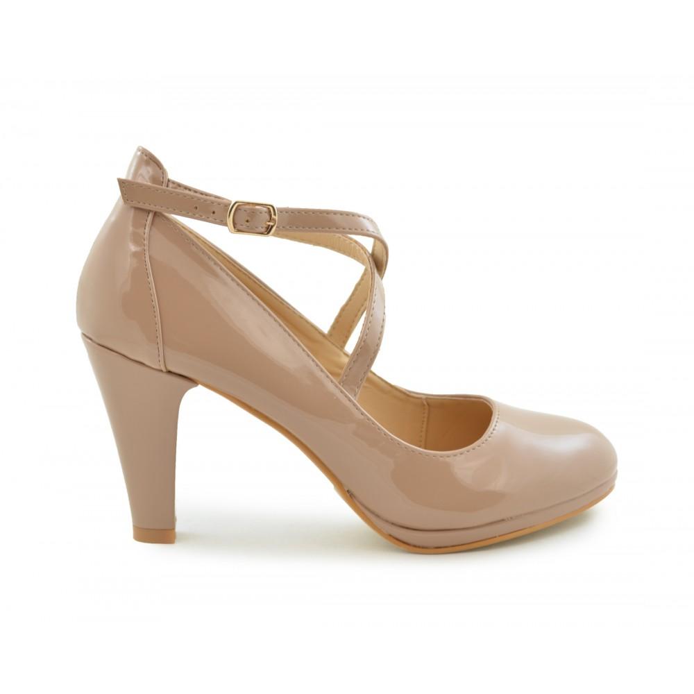 b7532541 Zapato salón para mujer en color nude de charol - Calzados Benavente ...