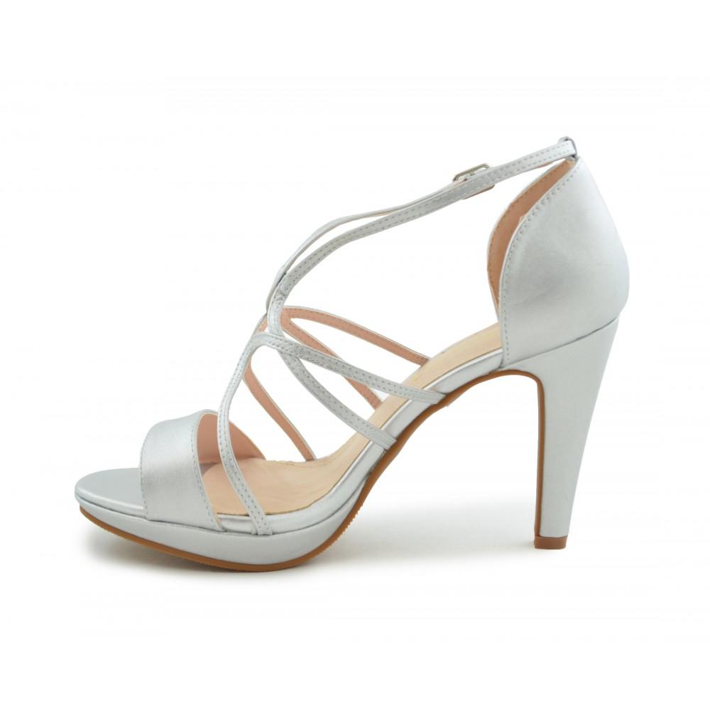 a999c7f6f87 zapato-fiesta-tiras-finas-plata.jpg