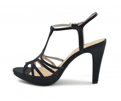 Zapato fiesta centro negro