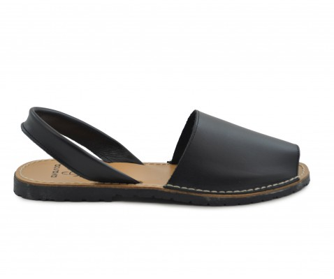Sandalia ibicenca negra