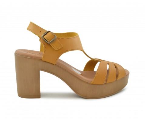 Sandalia piel tacón alto mostaza