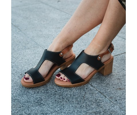 Sandalia piel tacón bajo plantilla gel negra