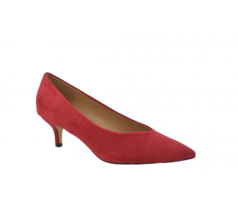 Zapato de salón escote en V rojo