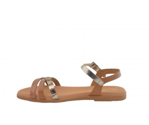 Sandalia plana piel triple tira roble