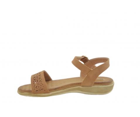 Sandalia confort perforados cuero