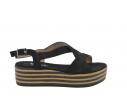 Sandalia plataforma rayas blanco y negro
