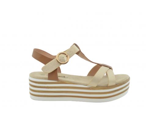 Sandalia plataforma rayas camel y blanco