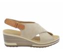 Sandalia cuña plantilla piel beige