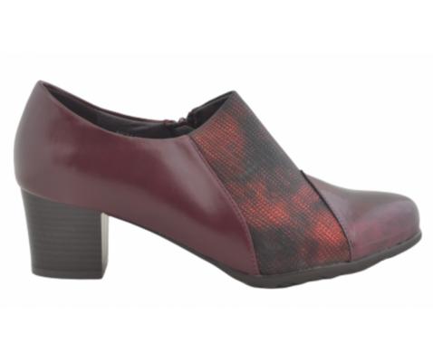 Zapato cómodo tacón abotinado burdeos