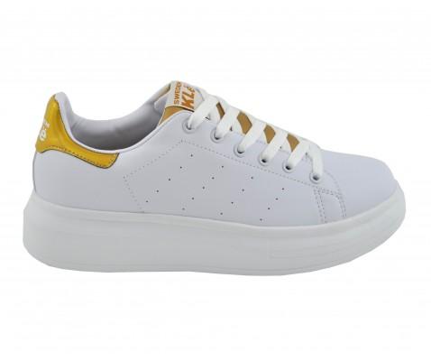 zapatilla-deportiva-de-cordones-dorado-benavente (1)